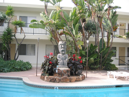 Poolside Tiki At The Apartments